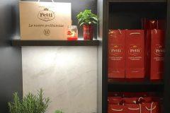 Milano-Design-Week-2019-Red-Cocktail-Party-con-Petti-da-Binova-Milano-04