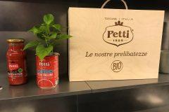 Milano-Design-Week-2019-Red-Cocktail-Party-con-Petti-da-Binova-Milano-18