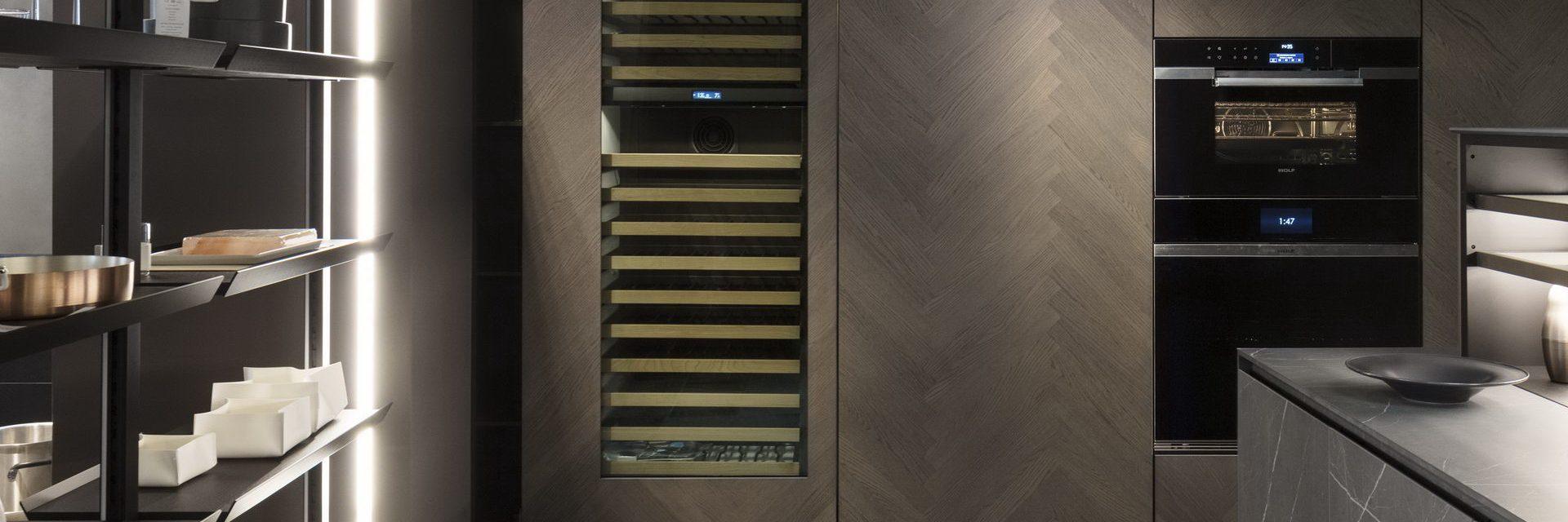 Binova milano durini design cucine moderne di design for Design di milano